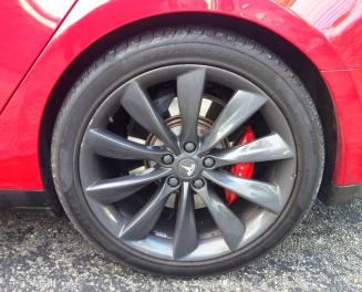 Tesla S wheel